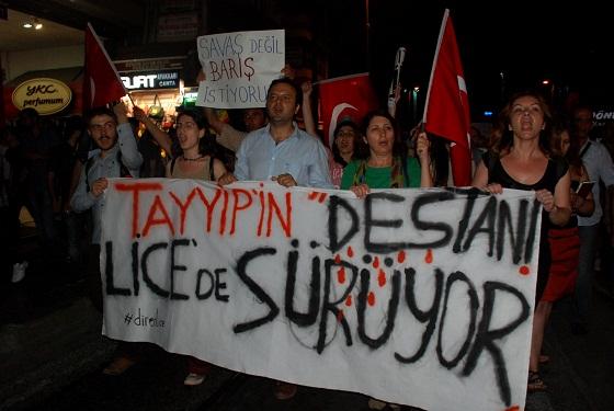 Kadıköy'de 5 bin kişi Lice için yürüdü. Foto: SoL Haber