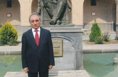 Yazar Ali Kaya CHP'den Milletvekili Adaylığı için Başvurdu