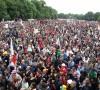 Onbinler Köln'de  Erdoğan'ı Protesto Etti
