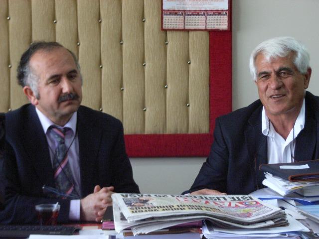 Ali Tutay (sağdaki)