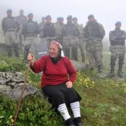 'Yeşil Yol'a Havva Ana isyanı: Devlet Kimdir, Halkım Ben!