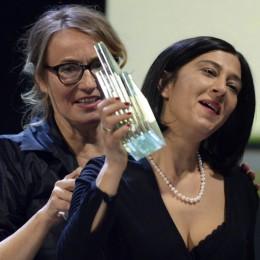Ailesi 38'de sürgün edilen Esen Işık'ın filmi 'Köpek', İsviçre'de en iyi film seçildi