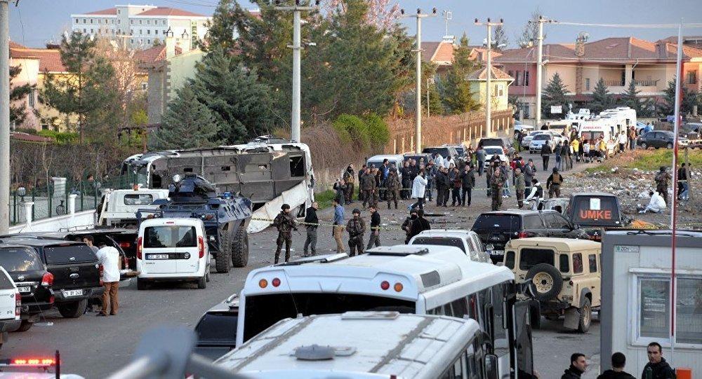 diyarbakir-polise-saldiri