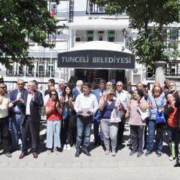 CHP'den afişleri toplayan Tunceli Belediyesi'ne tepki