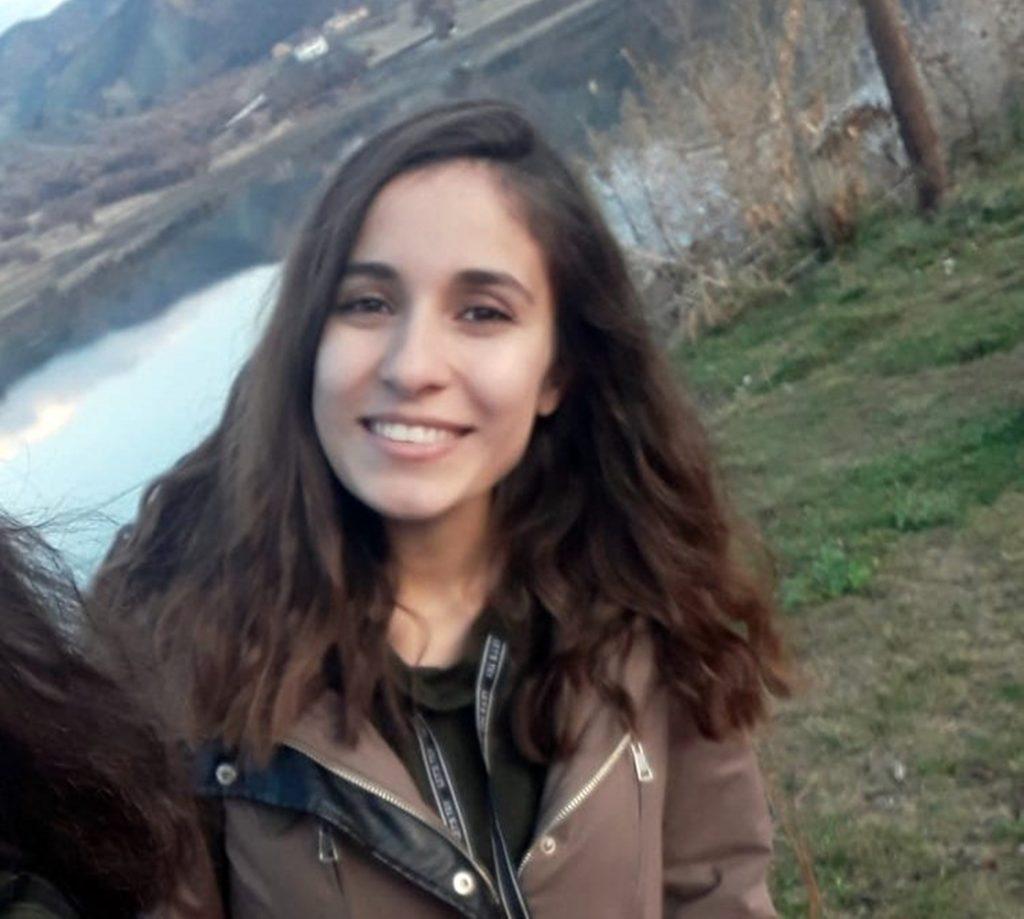 Üniversite öğrencisi Gülistan Doku'nun (21) bulunması için başlatılan arama çalışmaları sürüyor.